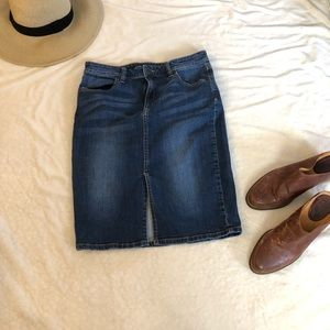 Banana Republic denim front slit skirt